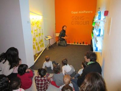 Els petits de l'escola visitem el Centre d'art la Panera