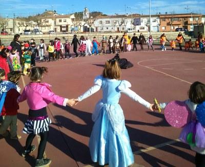Celebrem el carnaval juntament amb l´escola pública