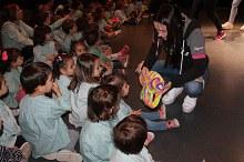 """Ens expliquen el conte de """"L'Elefant Elmer"""", els/les alumnes de l'Acadèmia Martínez"""