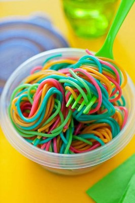 Proposta: Espagueti multicolor