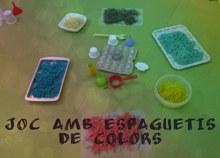 Experimentació amb espaguetis de colors