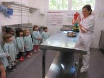 Visitem la cuina de la nostra escola